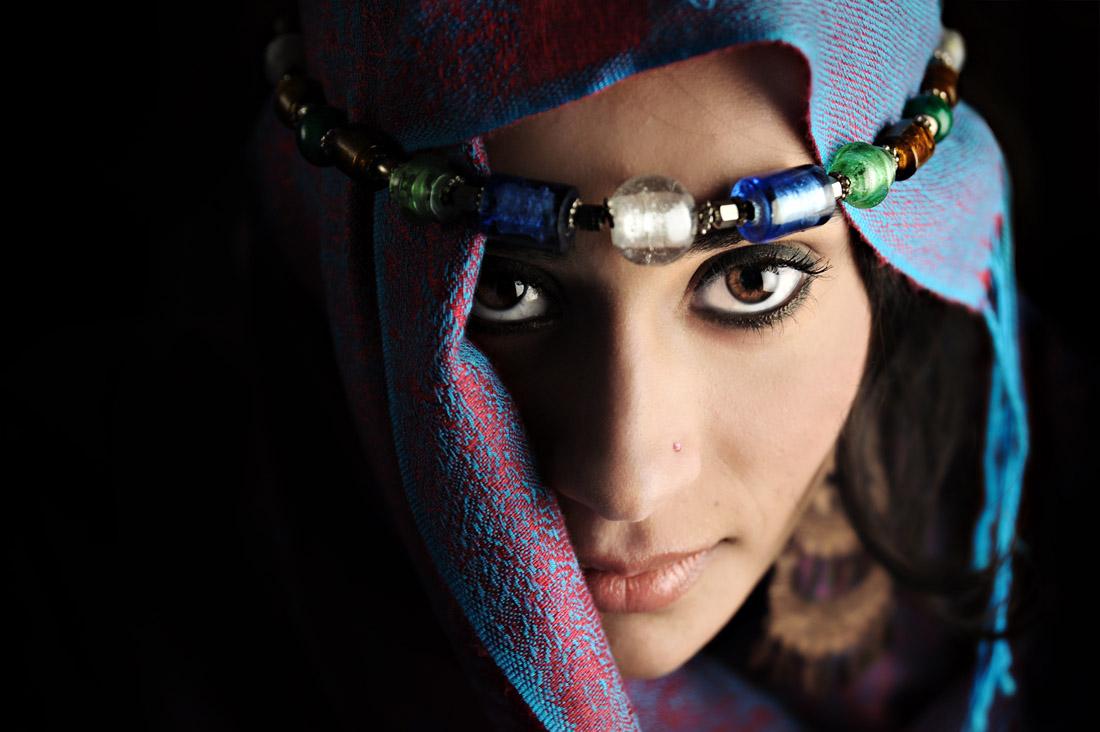 Raisah é descendente de Turcos, Sírios e Paquistaneses